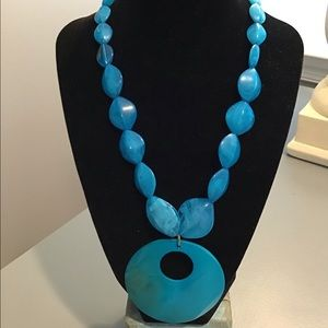 Turquoise Bead Necklace With Circle Pendant